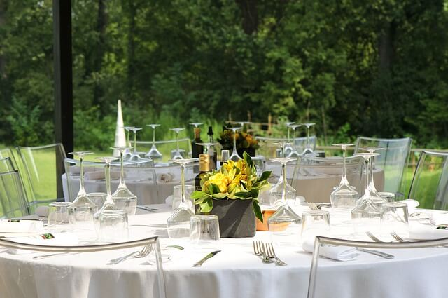 beautiful table setup for summer party