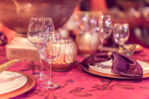 Which Wedding Food Service Style Is Right for You