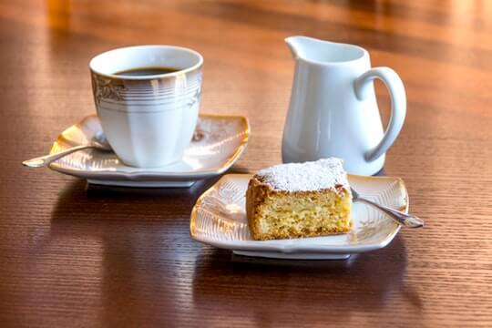 Pumpkin Coffee Cake with Cinnamon Streusel