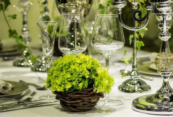 Romantic Green Bridal Inspiration with Elegant Florals